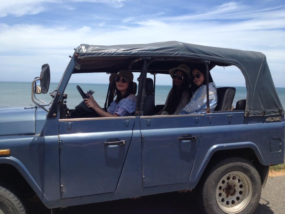 Sand dunes jeep tour Mui Ne - getting around mui ne
