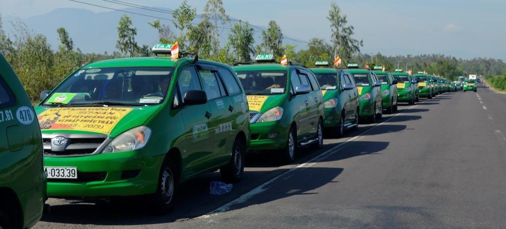 Taxi Mai Linh in Mui Ne - getting around mui ne